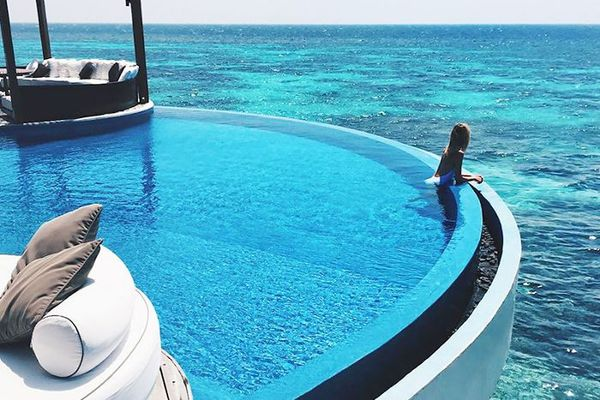 13 Amazing Pool Floats That Are Not The Swan