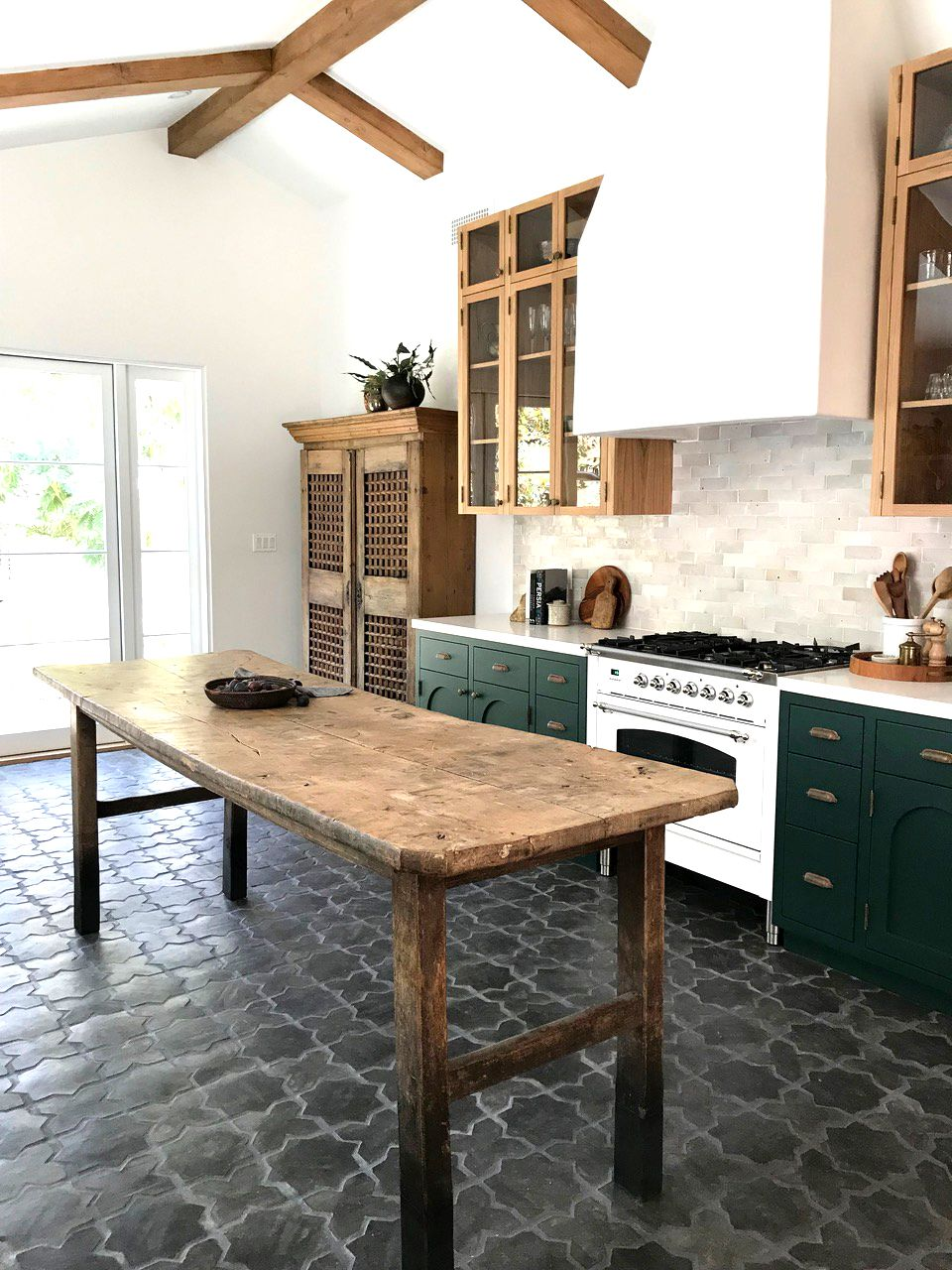 16 Kitchens That Will Make You Want To Retile Yours