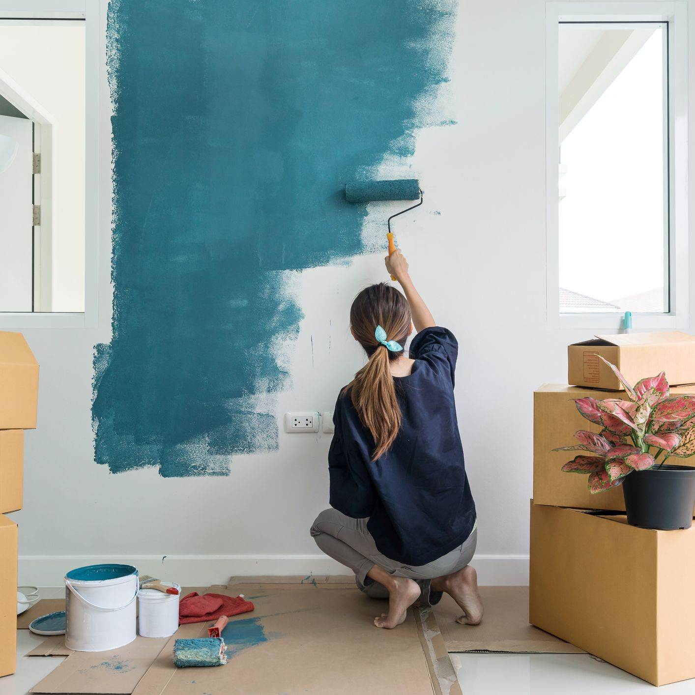 9 Nontoxic Paint Brands To Transform Your Space