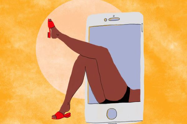 Is Texting Cheating? Experts Weigh In
