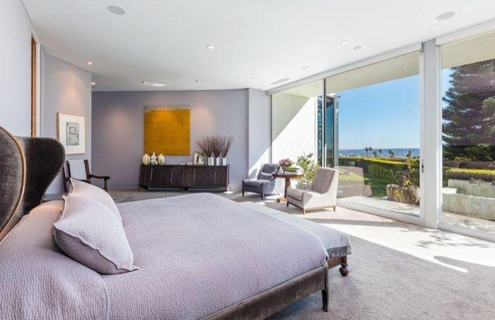 Ellen Degeneres Beverly Hills Home   Bedroom