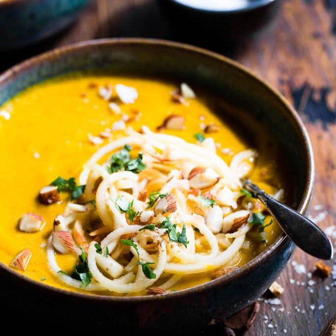 10 Delightfully Easy Vegetarian Slow Cooker Recipes