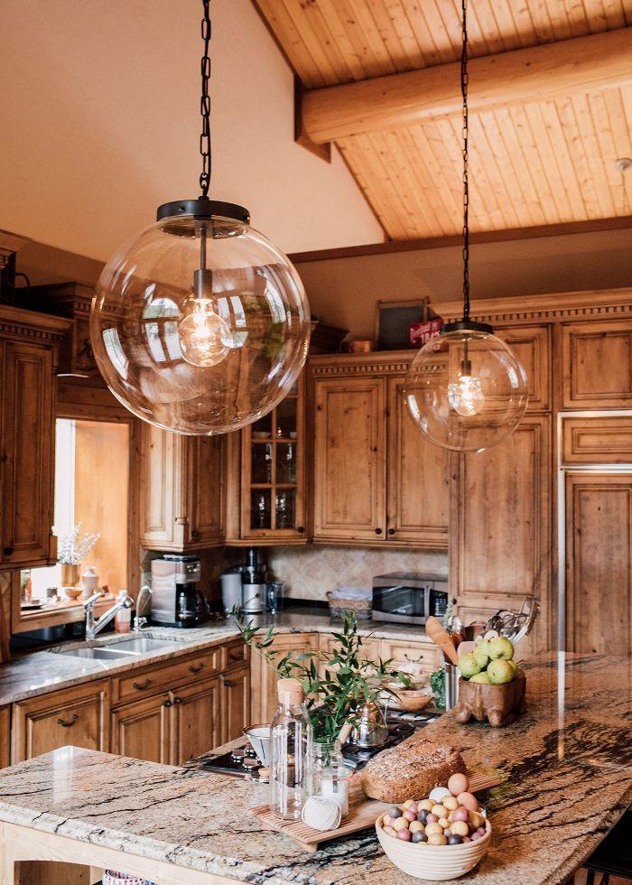 Chic marble kitchen