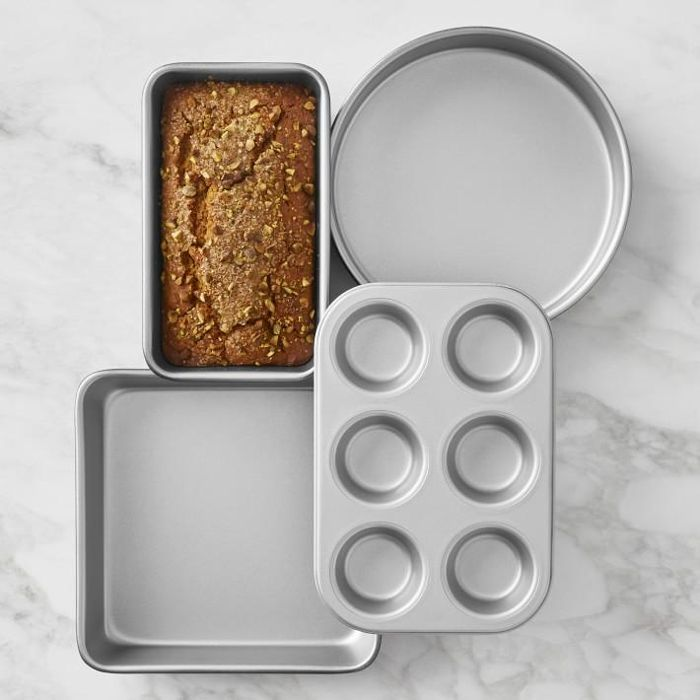Cuisinart(R) Chef's Classic(TM) Nonstick 4-Piece Bakeware Set
