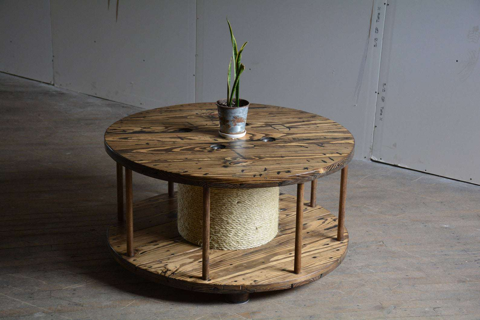 Picture of: 20 Coffee Table Alternatives That Aren T Tables At All