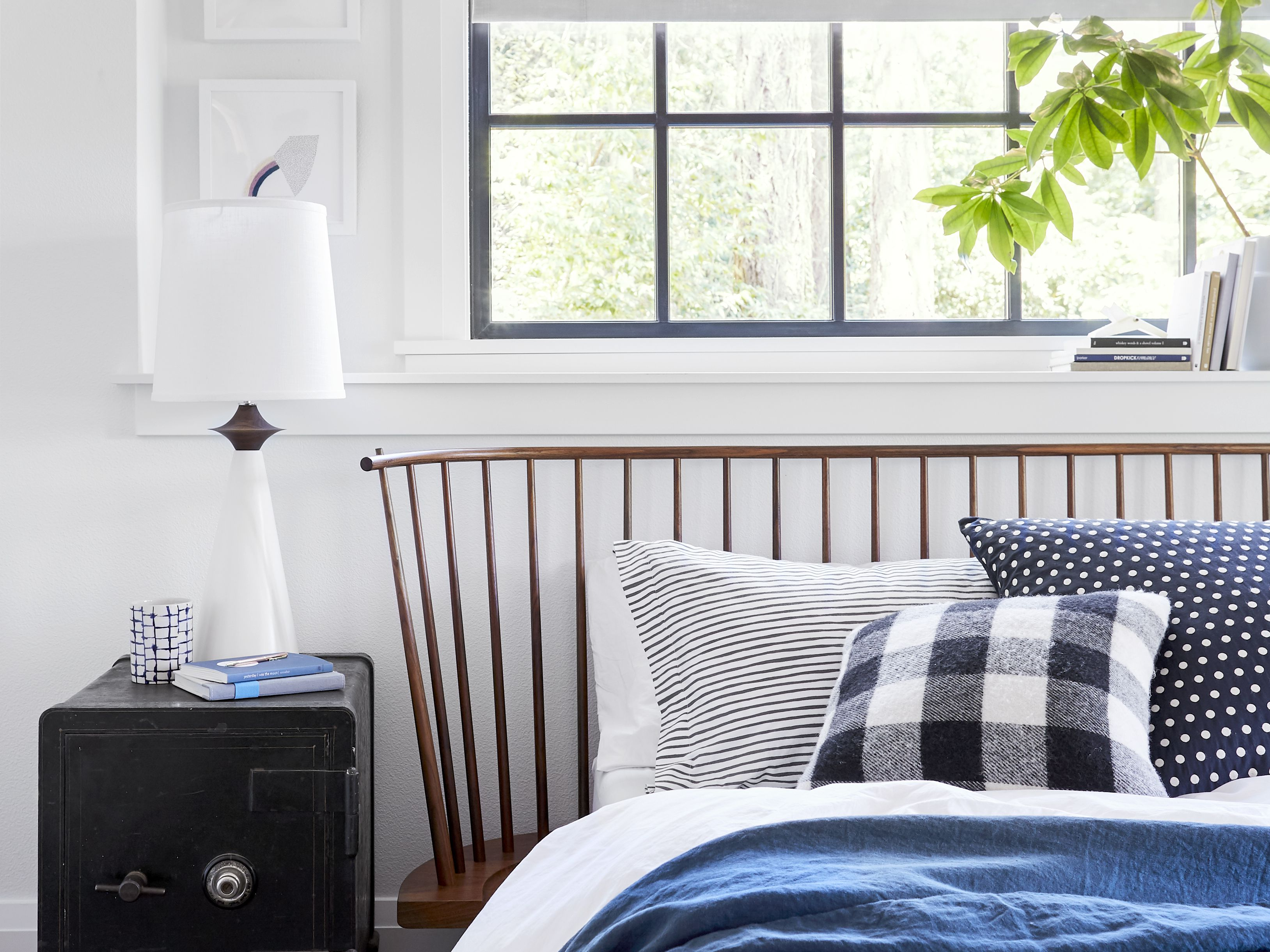 10 Ikea Bedroom Storage Ideas To Clear The Clutter And Improve Your Mental Health