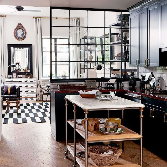 Kitchen with mixed materials
