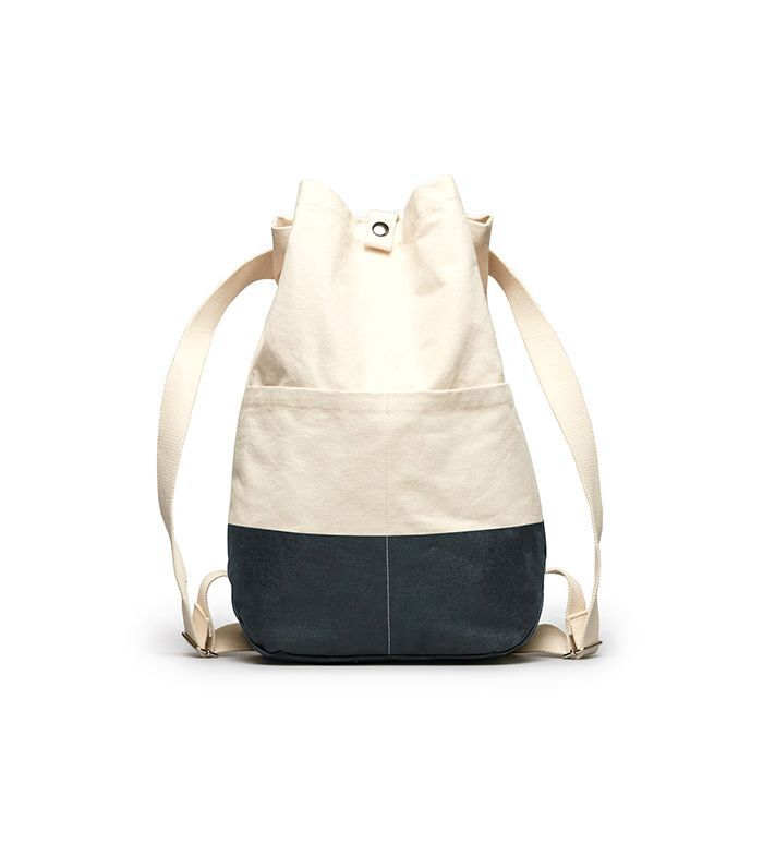 Women's Beach Canvas Backpack by Everlane in Natural / Dark Navy