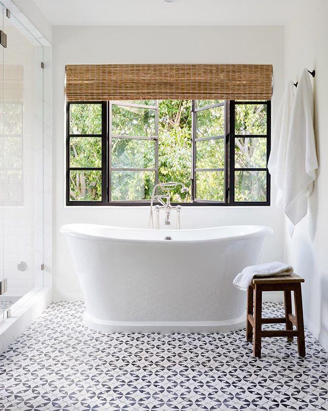 8 Of The Best Bathrooms We Ve Seen On Instagram Lately
