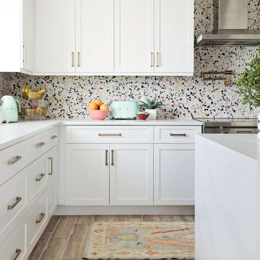 18 Ways To Decorate With Mint Green In The Kitchen