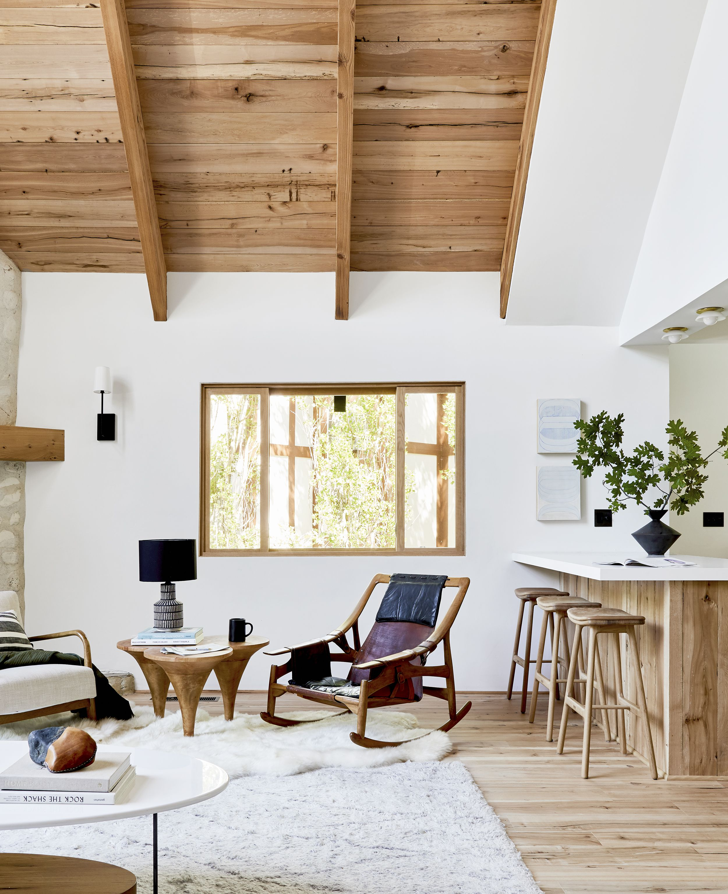 20 Rustic Living Rooms That Will Make
