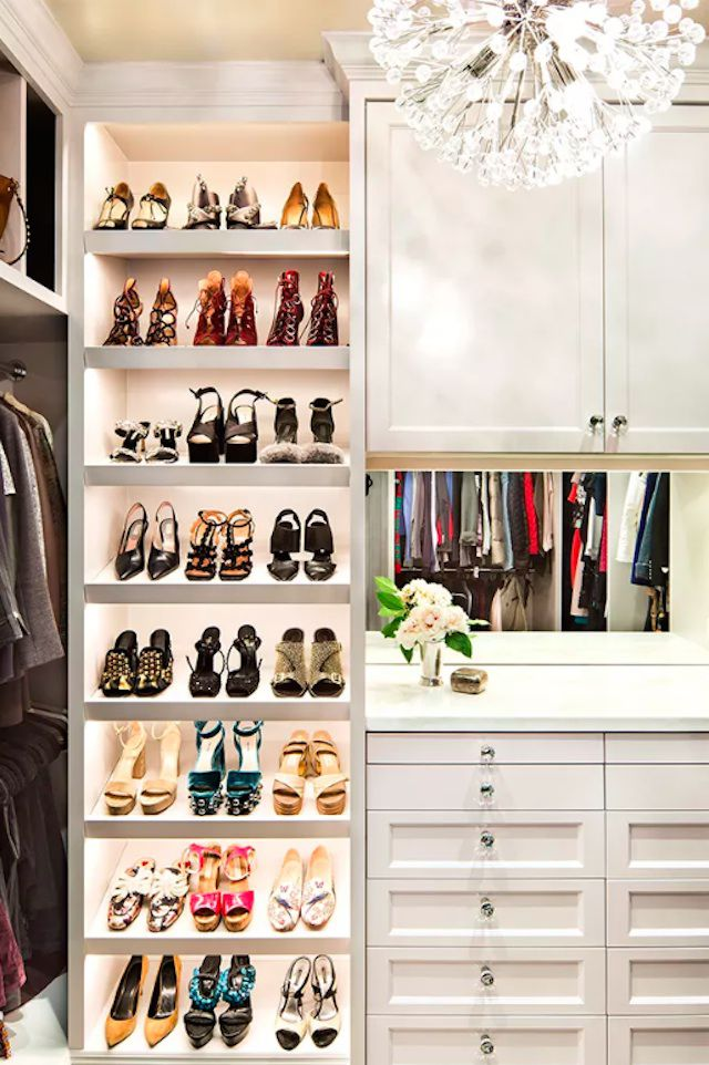 glam closet design idea