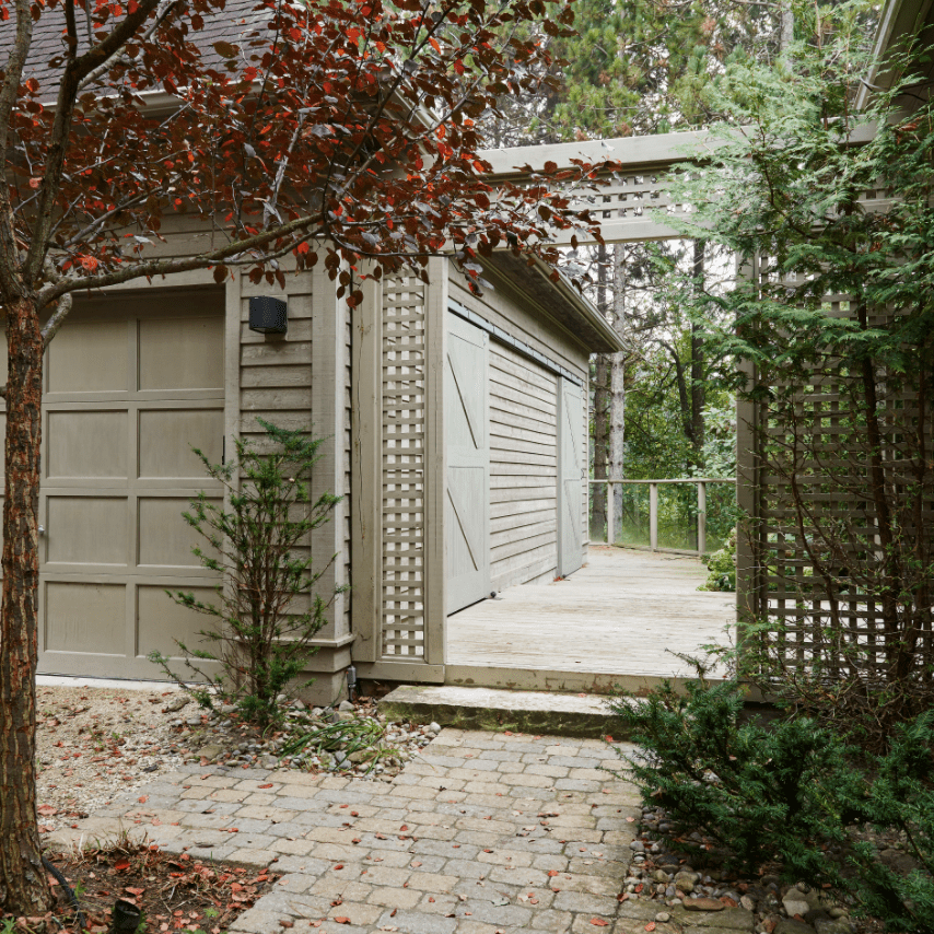 Outdoor area with gate