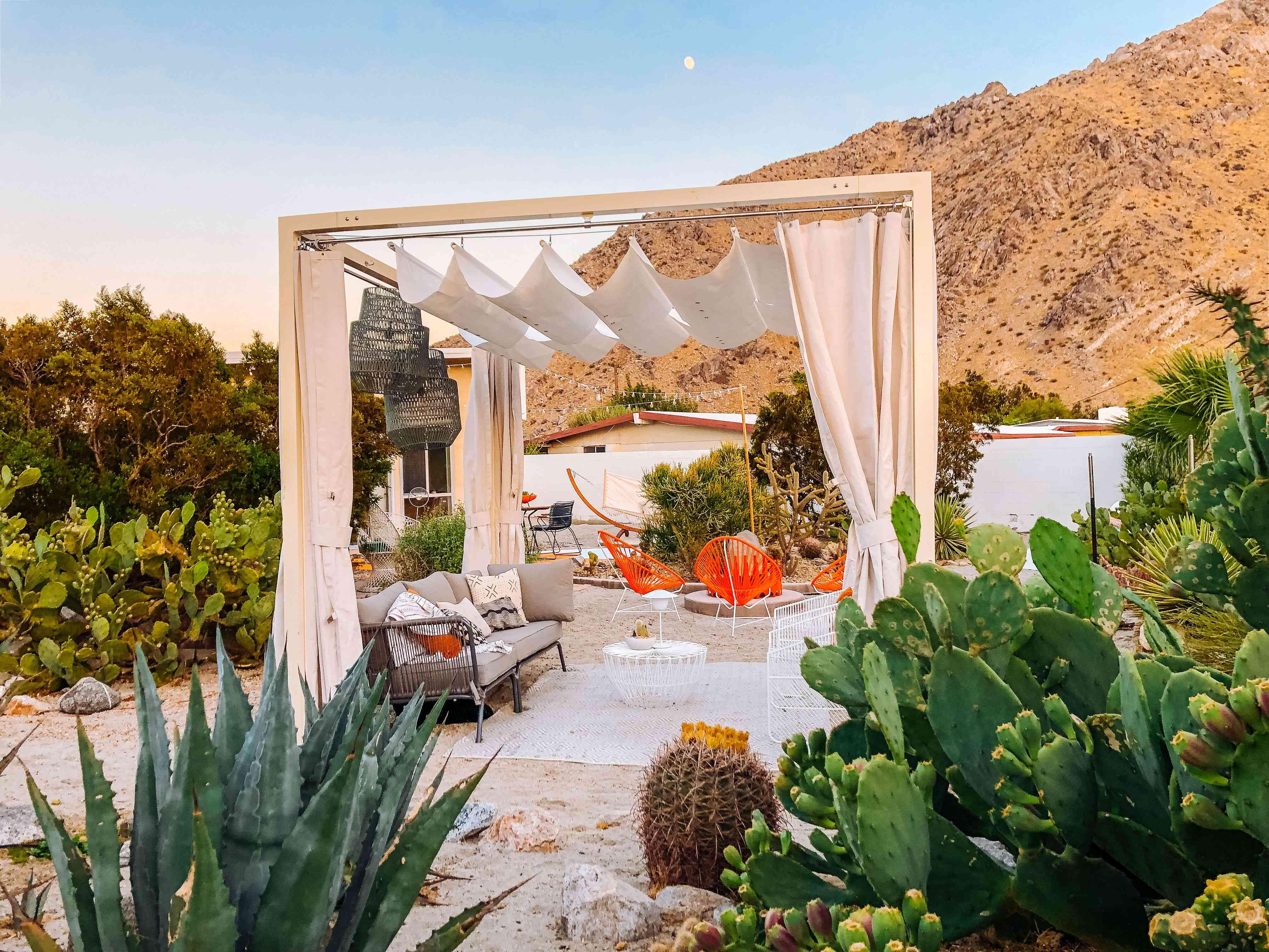 poolside decor ideas curtains