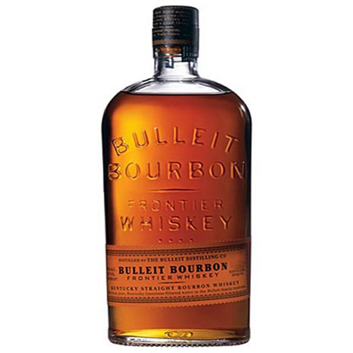 Botella de whisky bourbon.