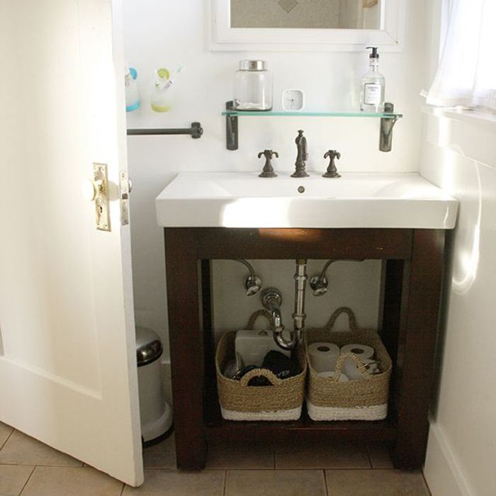 This Small Bathroom Makeover Is A Lesson In Saving Space