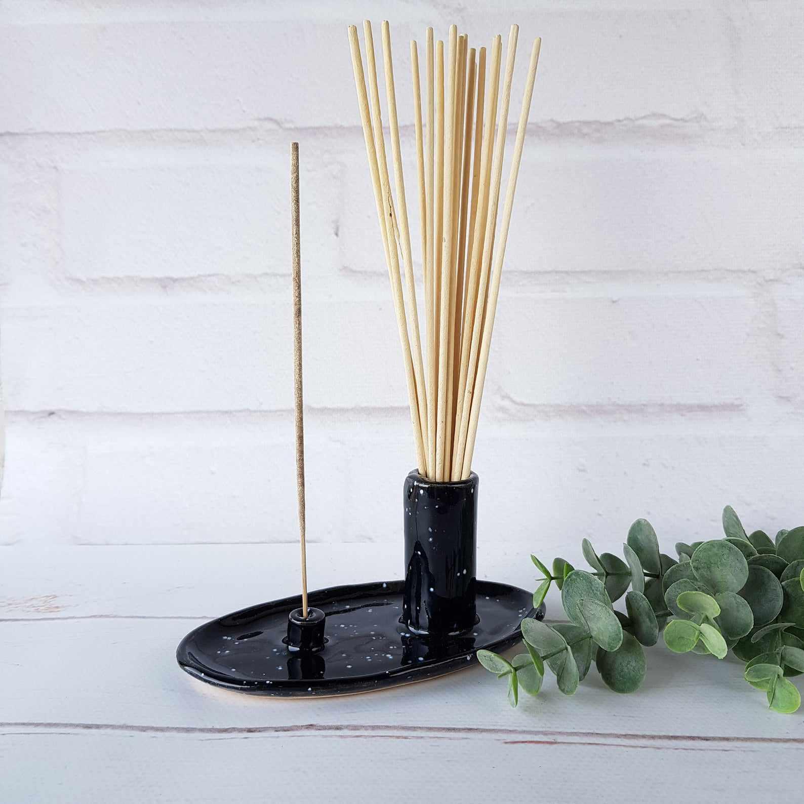 TheArtRoomCeramics Ceramic Black Incense Stick Holder