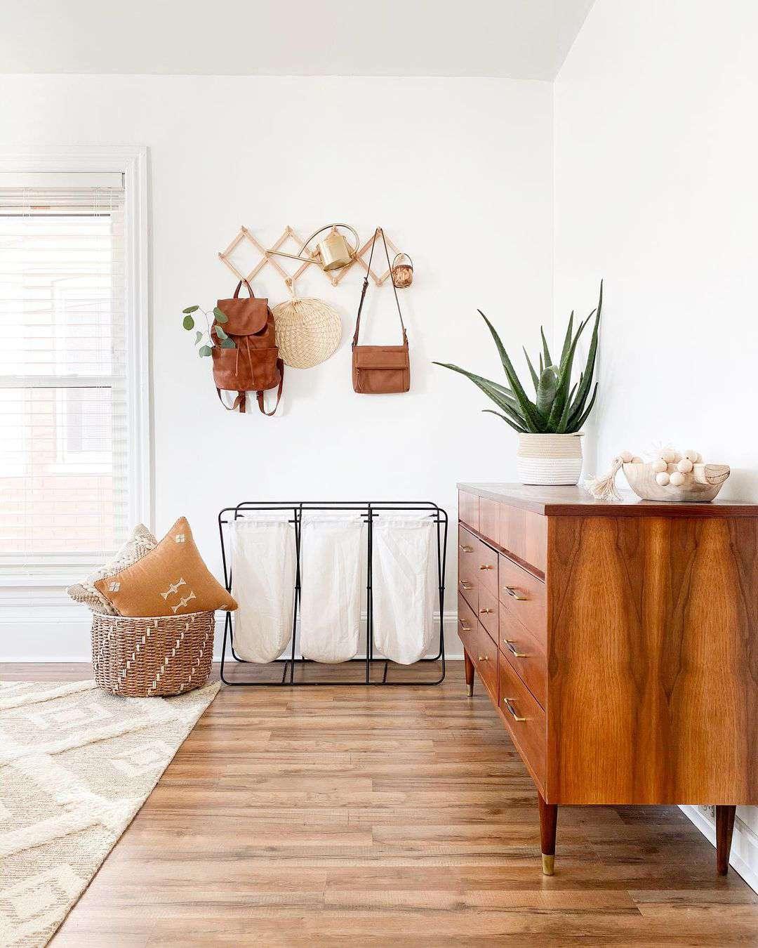 Aloe vera on a dresser