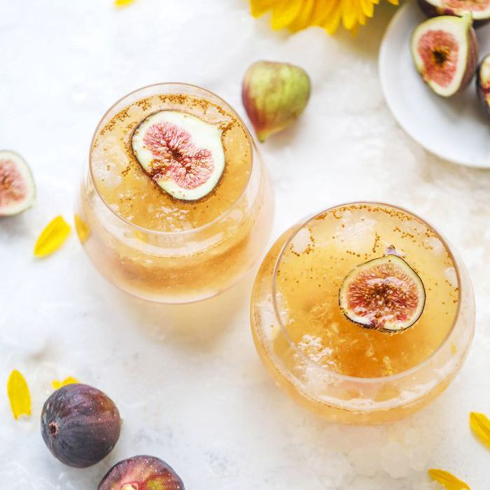 11 New Year's Cocktails to Sip When the Clock Strikes Midnight