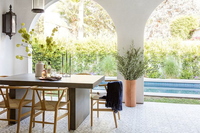 13 Dreamy Outdoor Spaces That Make the Case For Dining Al Fresco