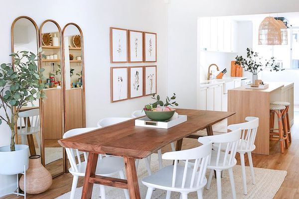 A bright, neat and clean dining room and kitchen