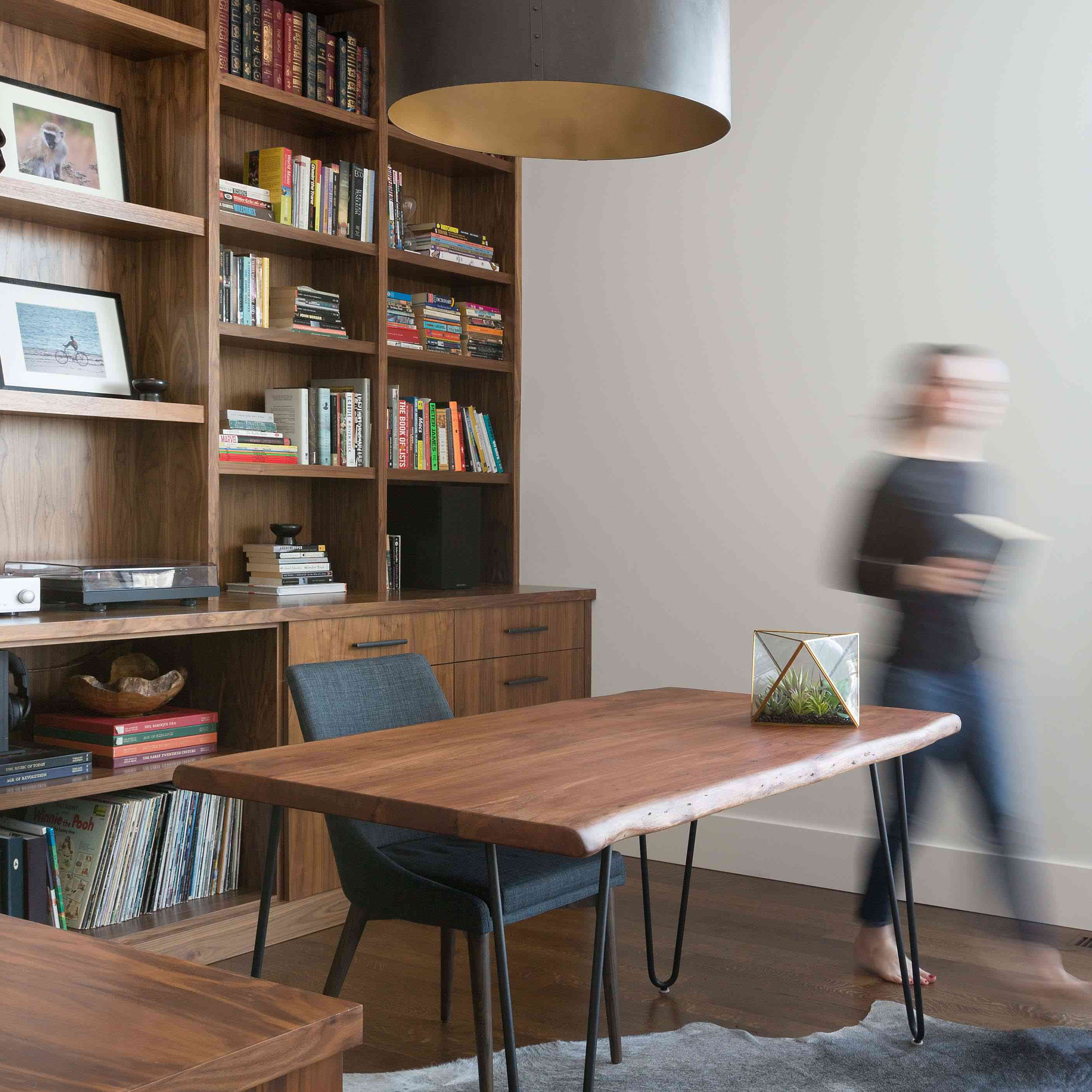 Stately office and bookshelf space.
