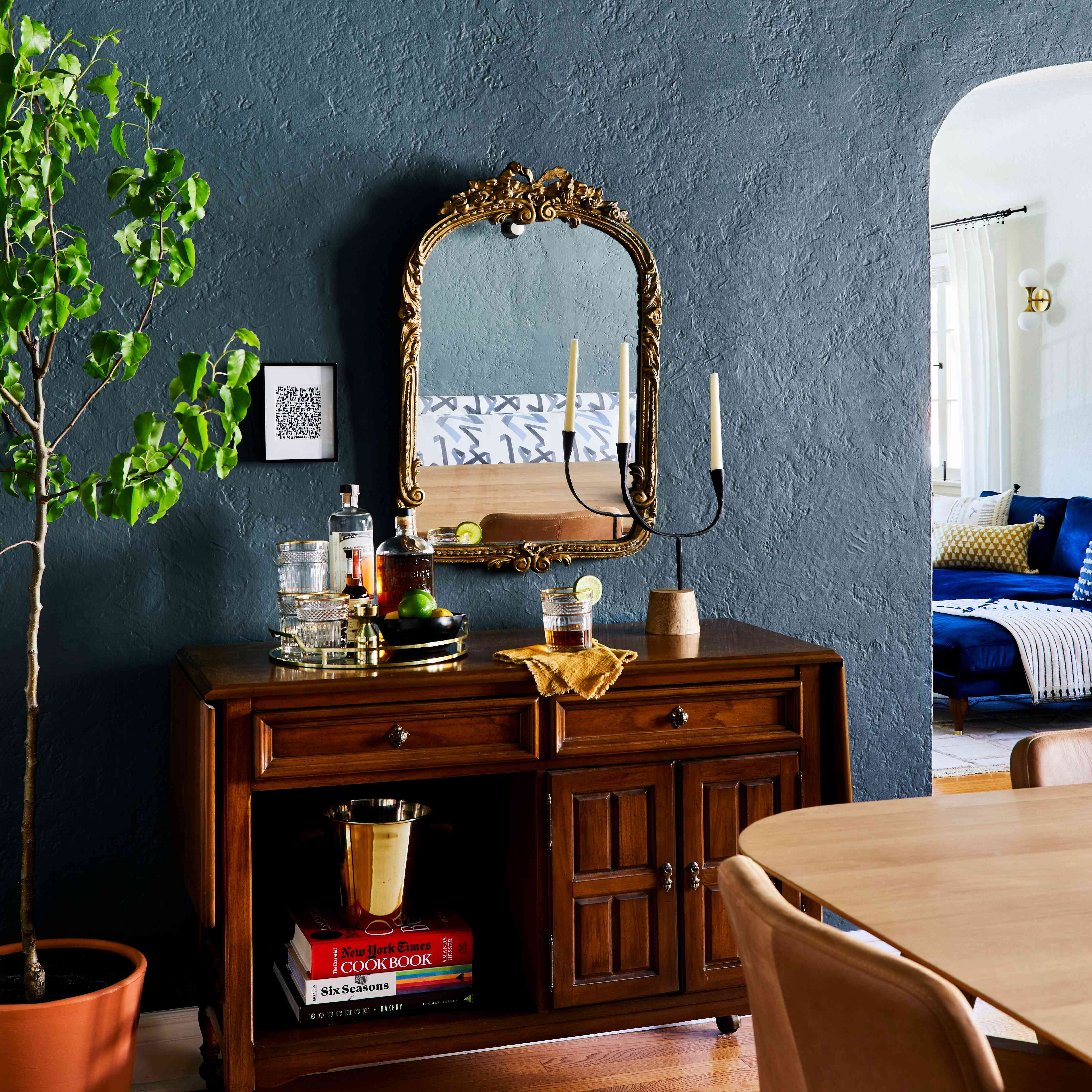 32 Dining Room Storage Ideas: How To Furnish A Dining Room