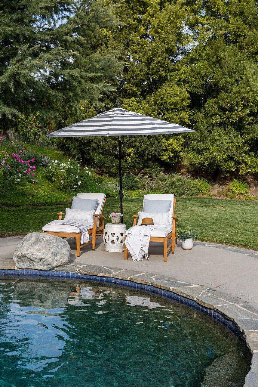 20 Poolside Decorating Ideas