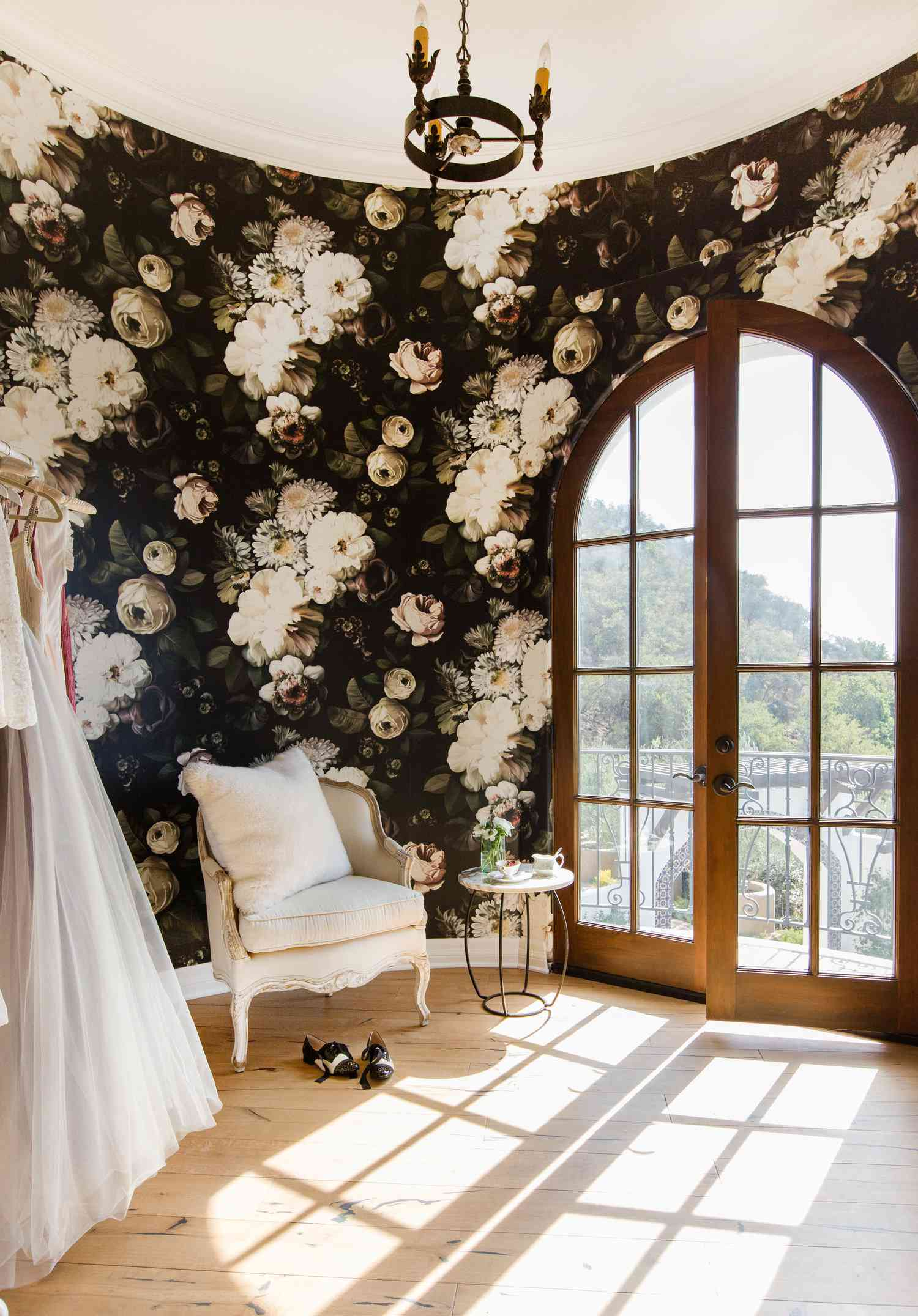 Dressing room with graphic floral wallpaper