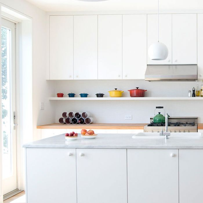 14 Minimalist Kitchens That Will Soothe Your Type A Soul