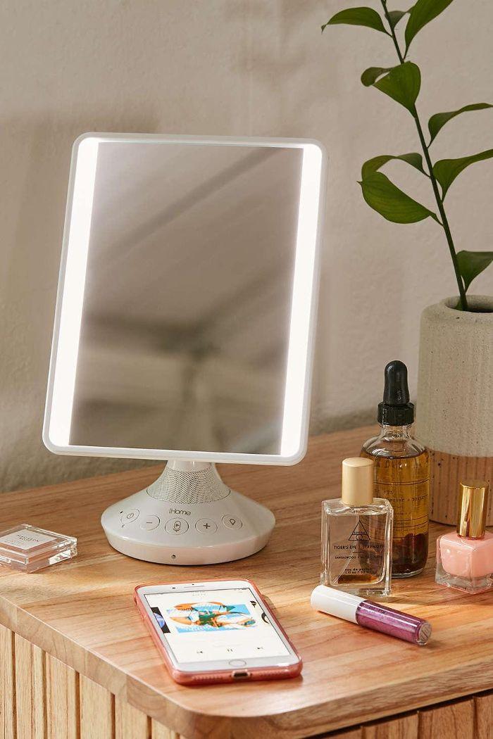 Vanity Mirror Speaker