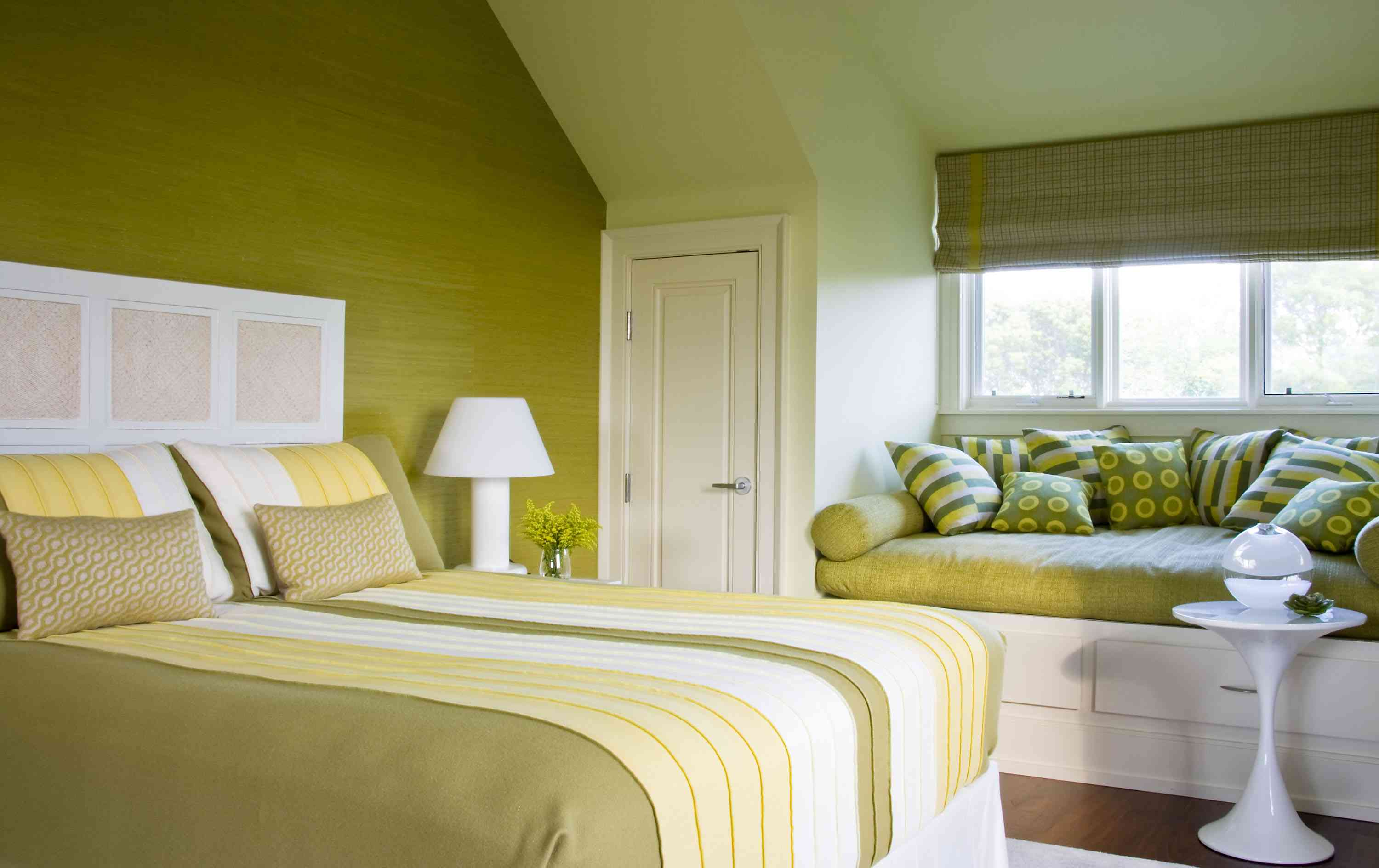 chartreuse color bedroom