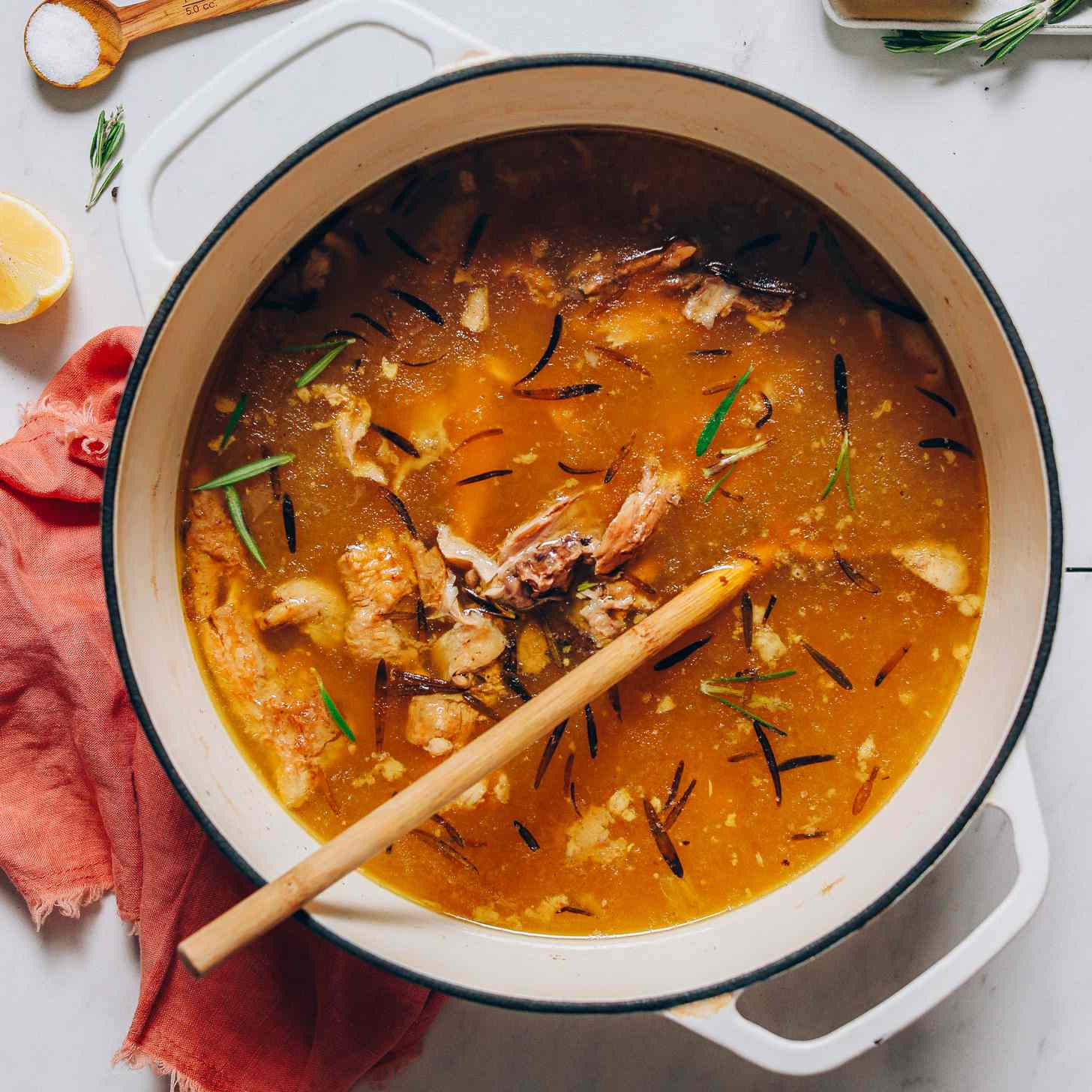 sopa de caldo de huesos
