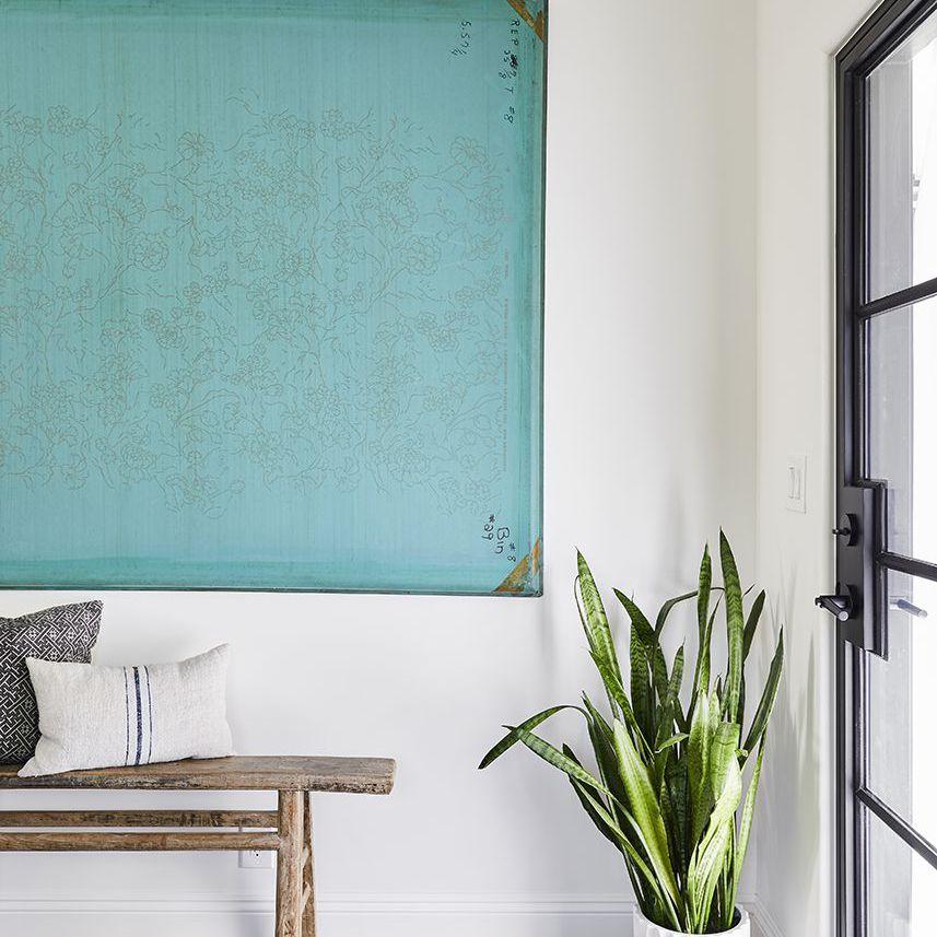 guest house entryway art ideas