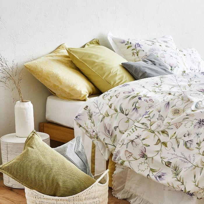 6988521b Zara's New Summer Bedding Line Will Convince You to Sleep In