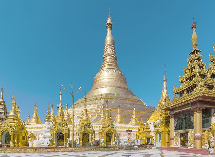 Pagoda Shwedagon en Rangoon, Birmania