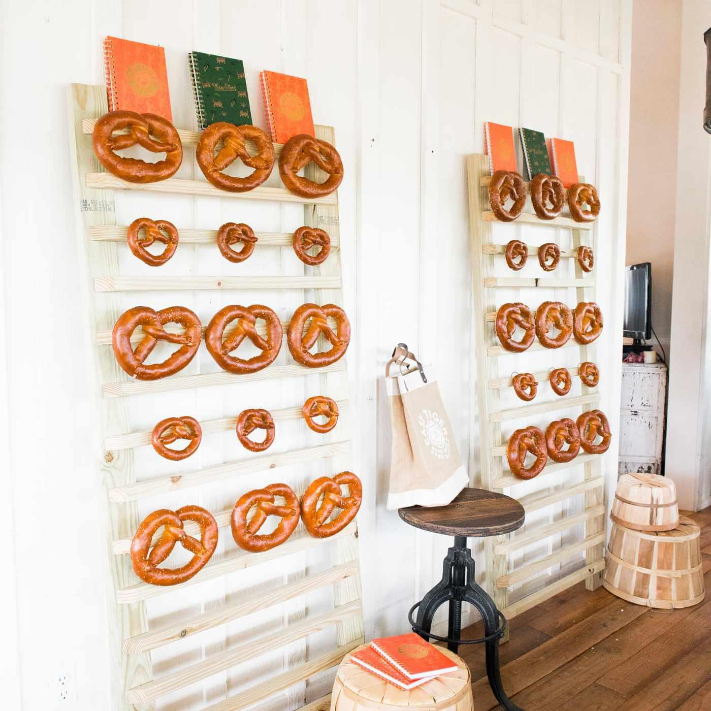 pretzel wall