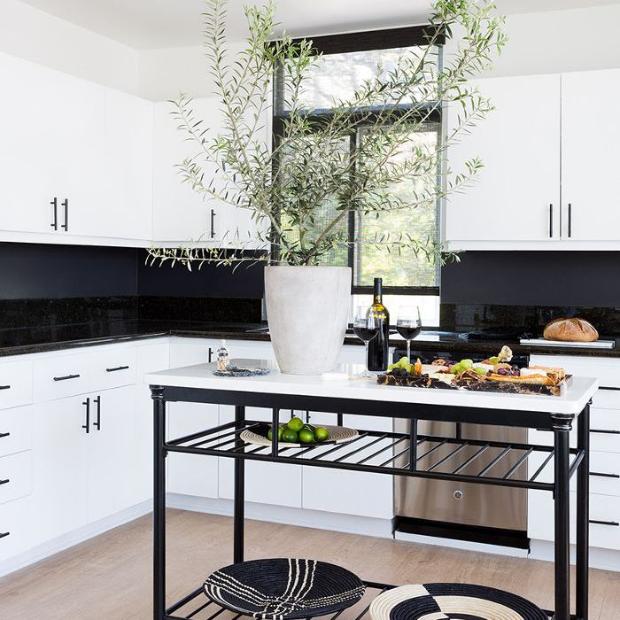 Black and White Home Style