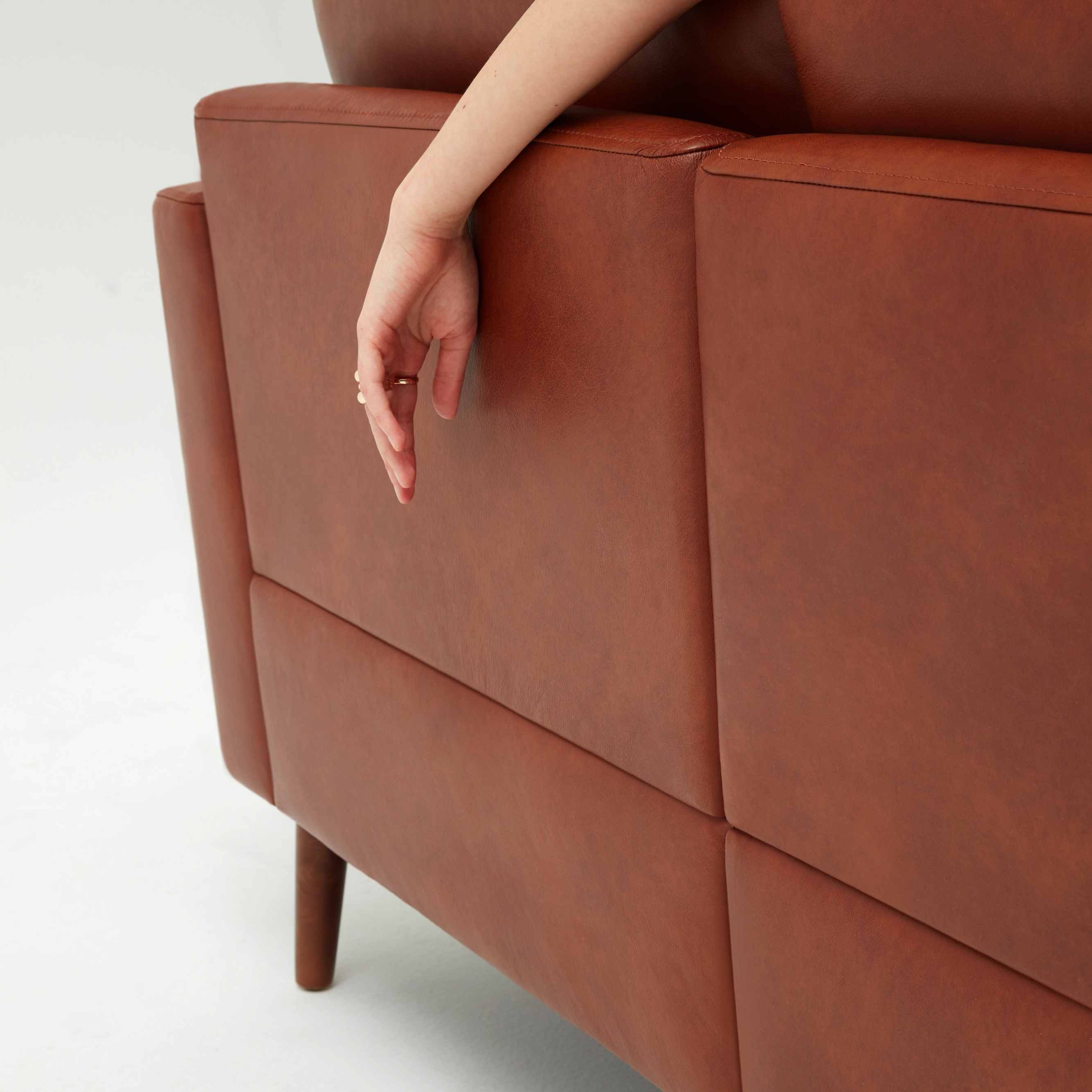 Astounding The Affordable New Leather Sofa From Burrow Caraccident5 Cool Chair Designs And Ideas Caraccident5Info