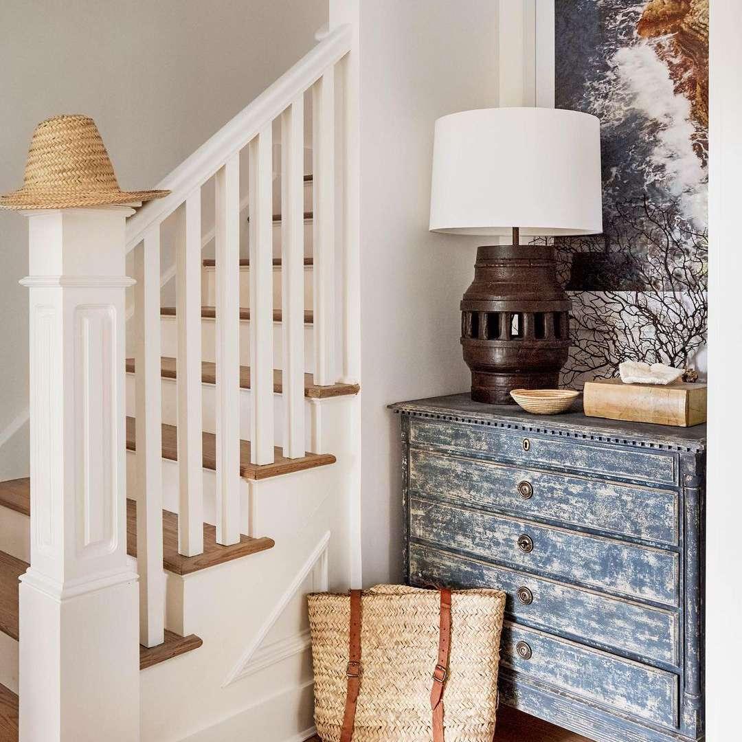 beachy staircase