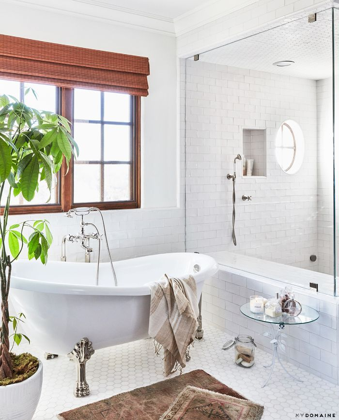 Modern bathroom design—Lauren Conrad