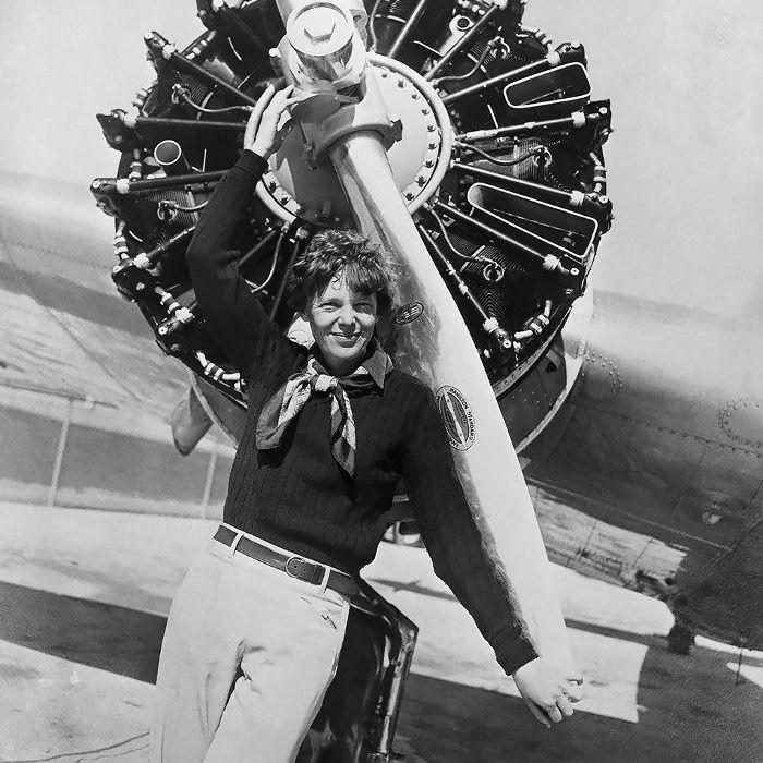 hechos de Amelia Earhart