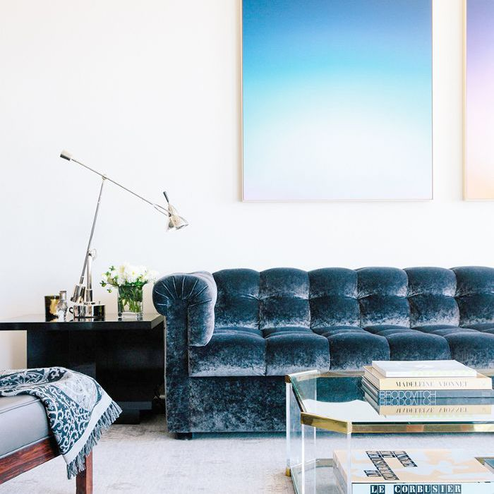 8 Coffee Table Décor Ideas and How to Style Them