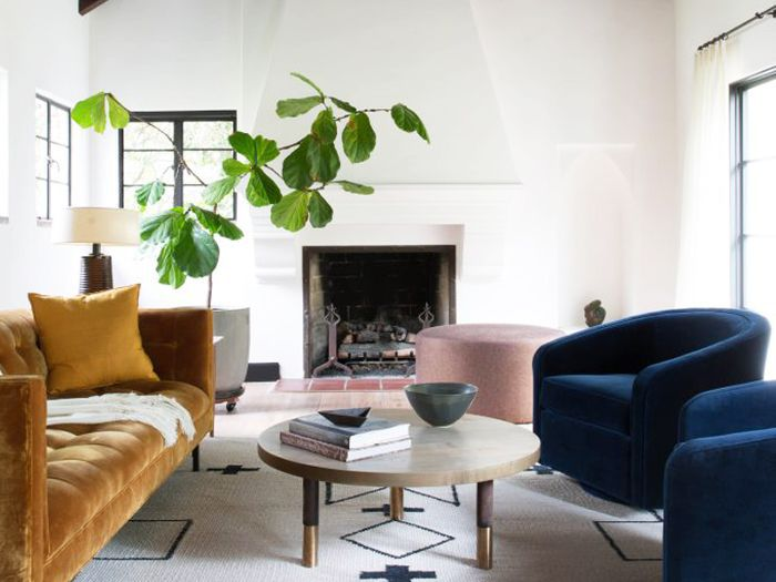 This Is How A Minimalist Decorates A Home