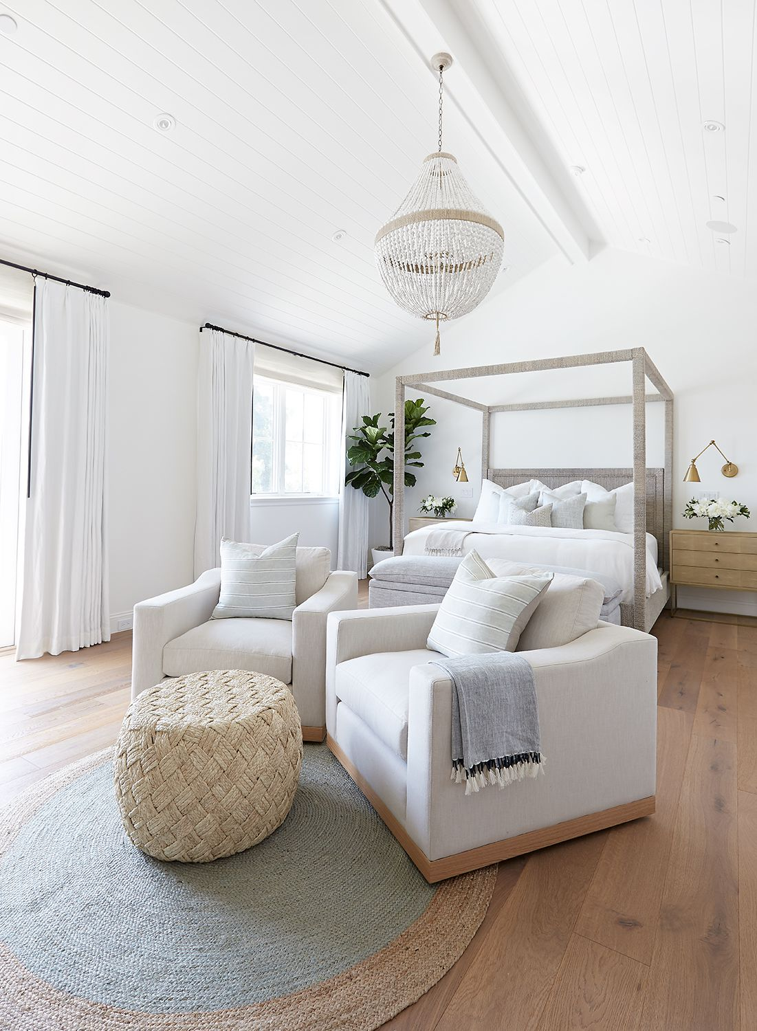 8 Designer Approved Bedroom Layouts That Never Fail,Vintage French Country Shabby Chic Decorating Ideas