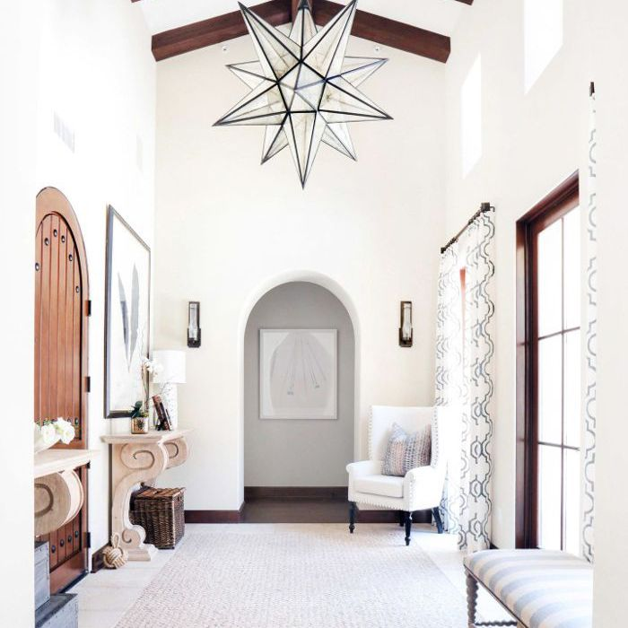 10 Entryway Ideas That Make A Stunning First Impression