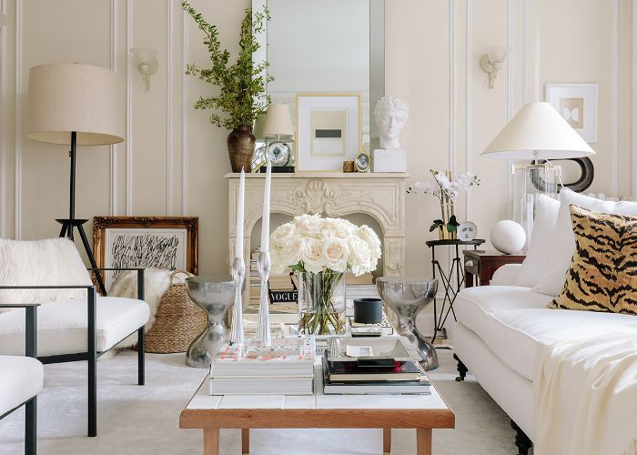 Inside an Elegant Small Apartment Tour in Chicago on narrow modern house design, narrow room design, narrow courtyard design,