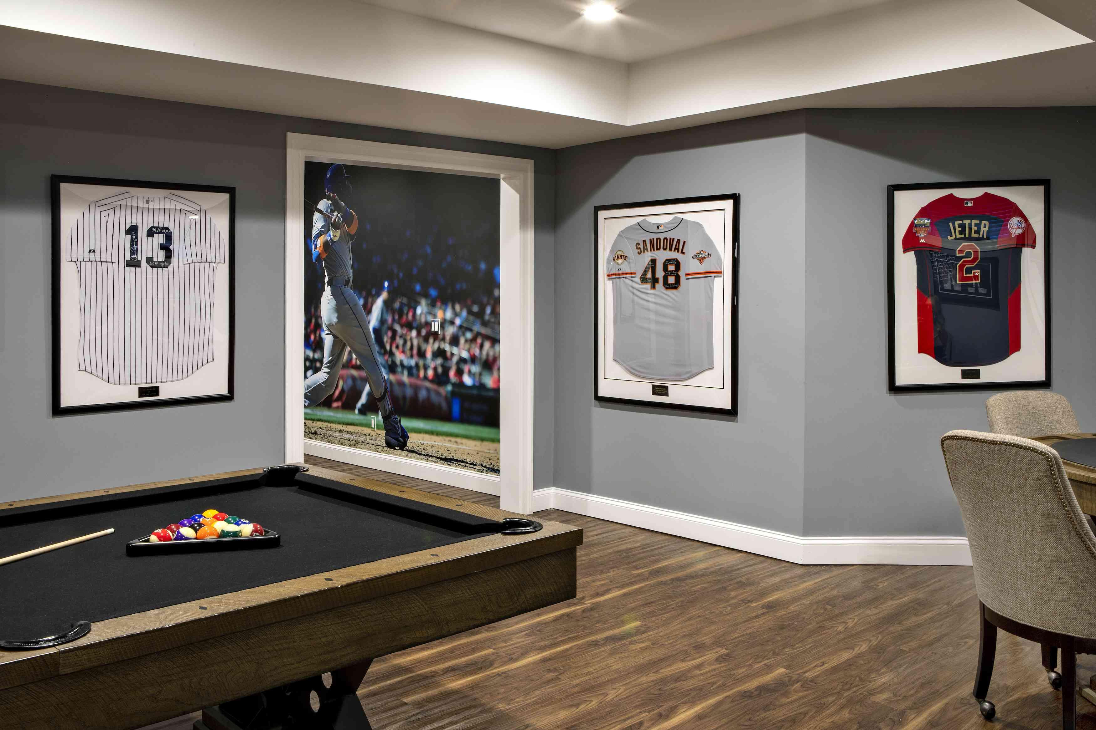 Bachelor game room