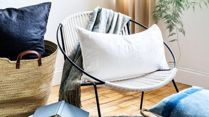17 Stylish Cozy Chairs for the Bedroom and Living Room