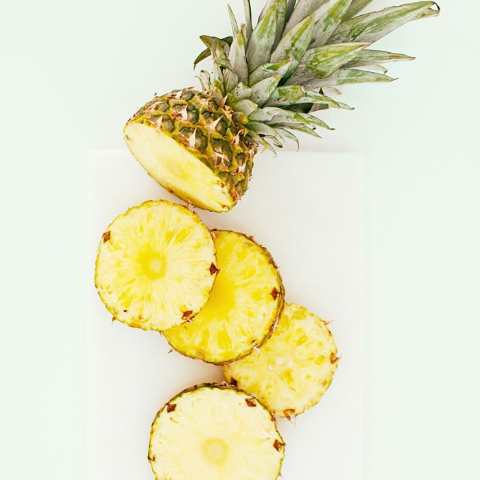 Pineapple Dessert: How To Cut A Pineapple In Six Simple Steps